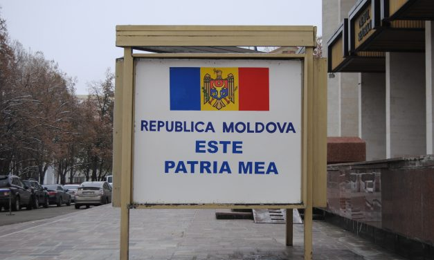 Las 33 de Dídac: Chișinău, la Europa deprimida