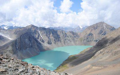 Una excursión de tres días y dos noches hacia el lago Ala-Kul