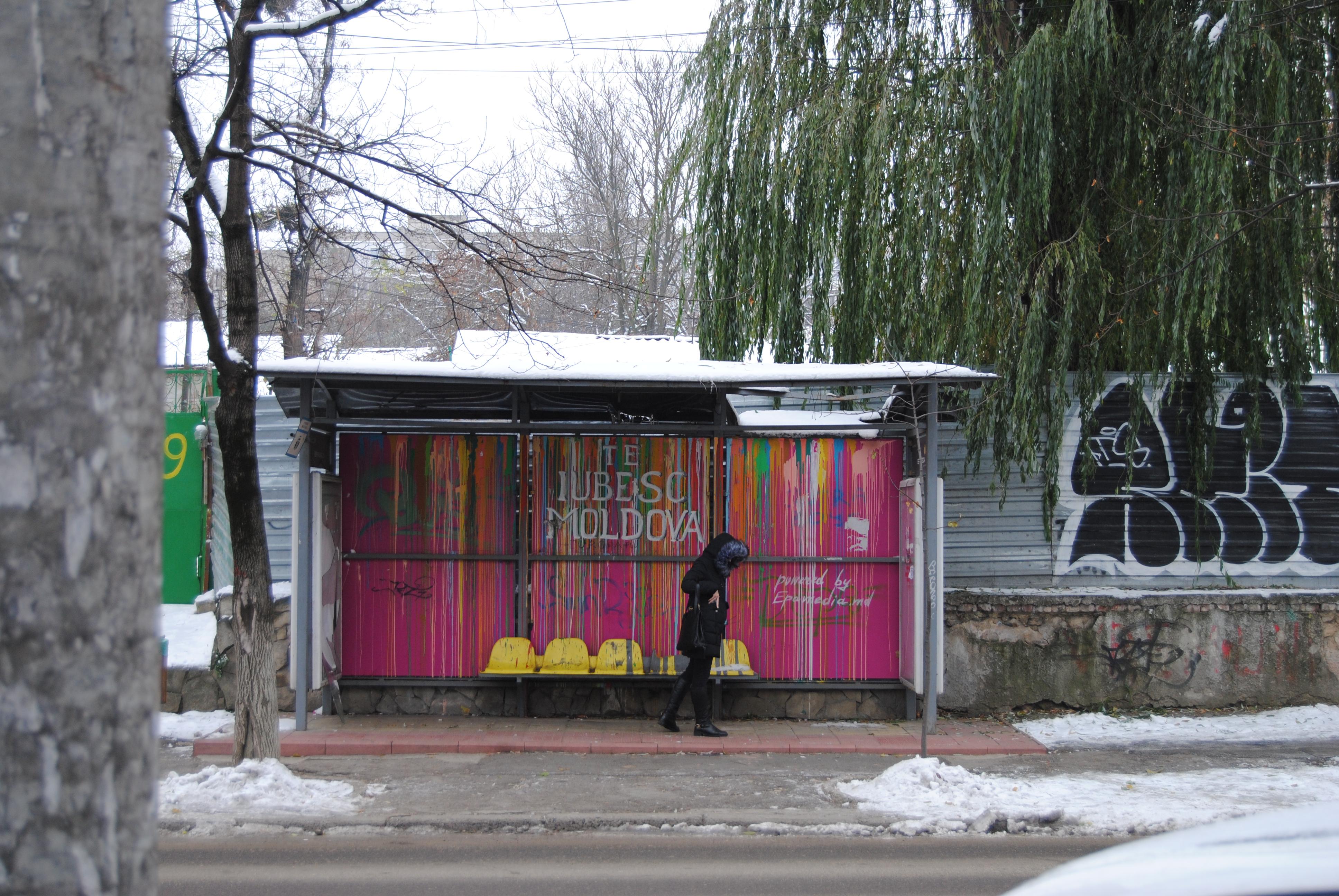 Parada de trolebús en Chisinau