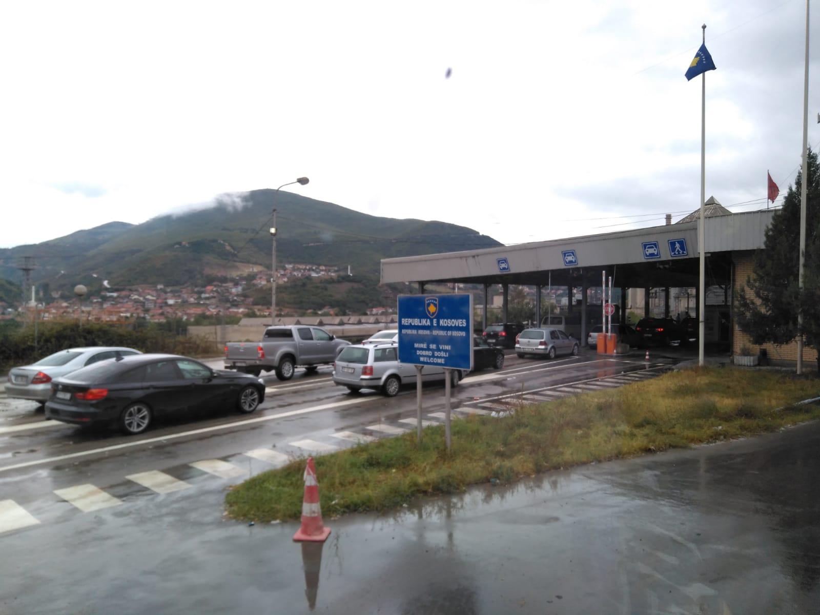 Frontera entre Macedonia y Kosovo en Han i Elezit