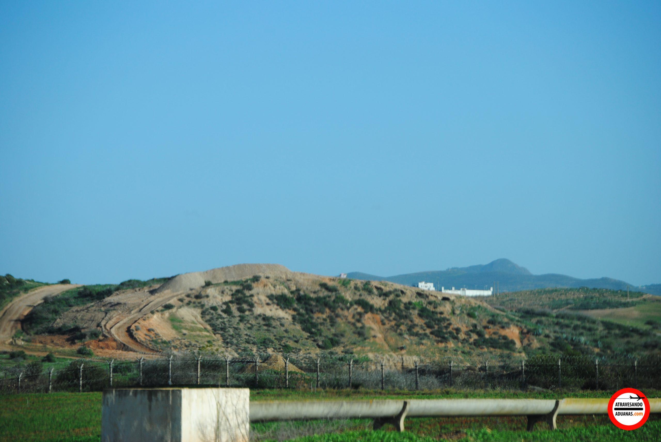 fortaleza argelina más allá de la frontera
