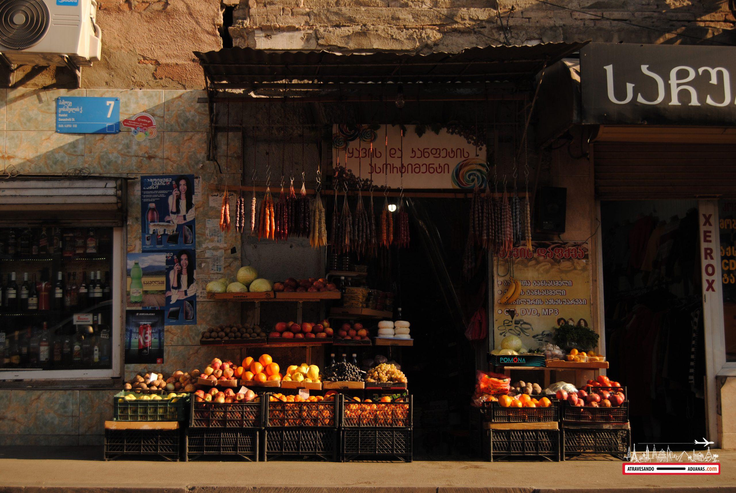 churchkhelas colgando en Tbilisi