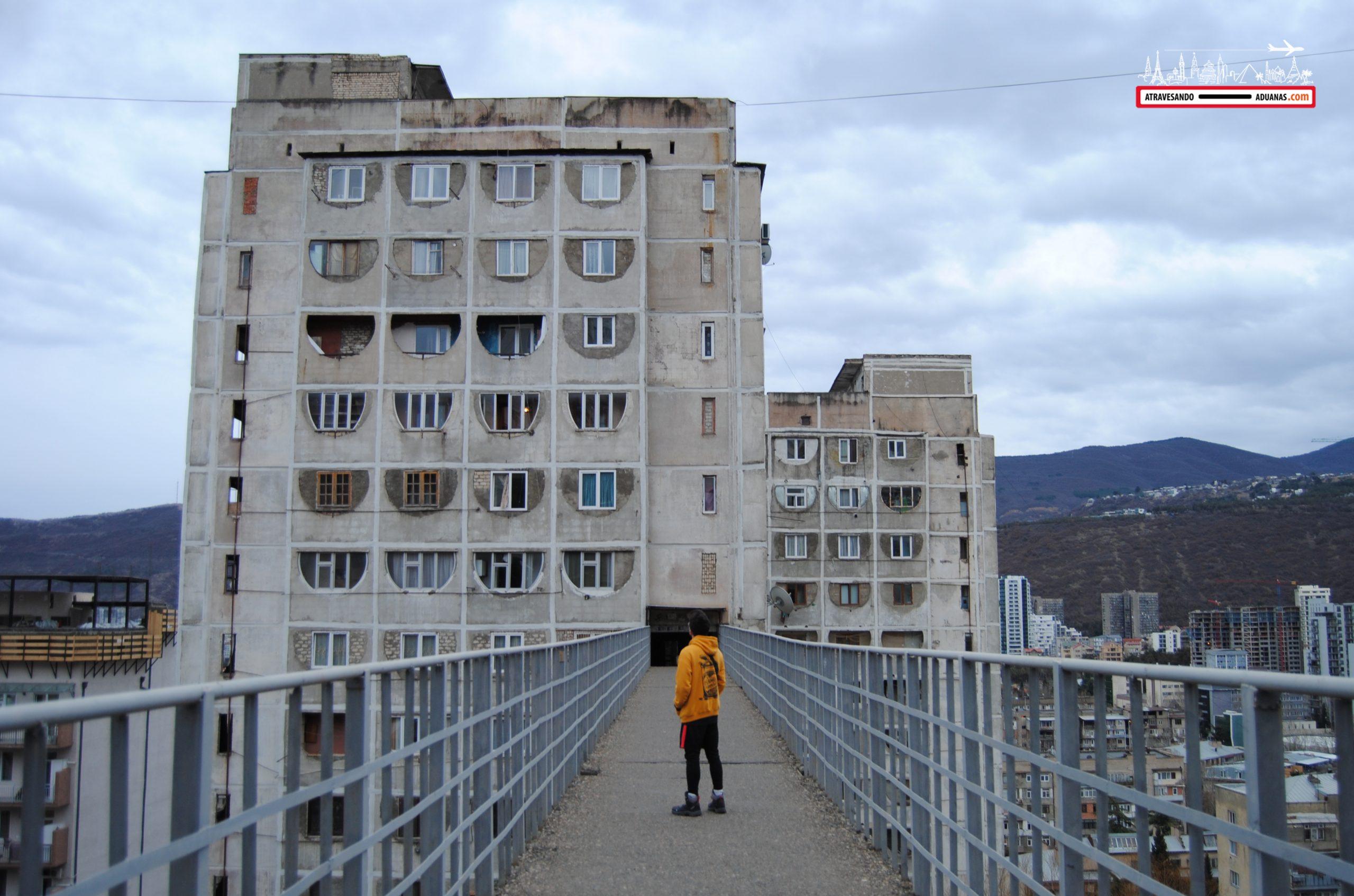 barrio soviético de saburtalo, tbilisi