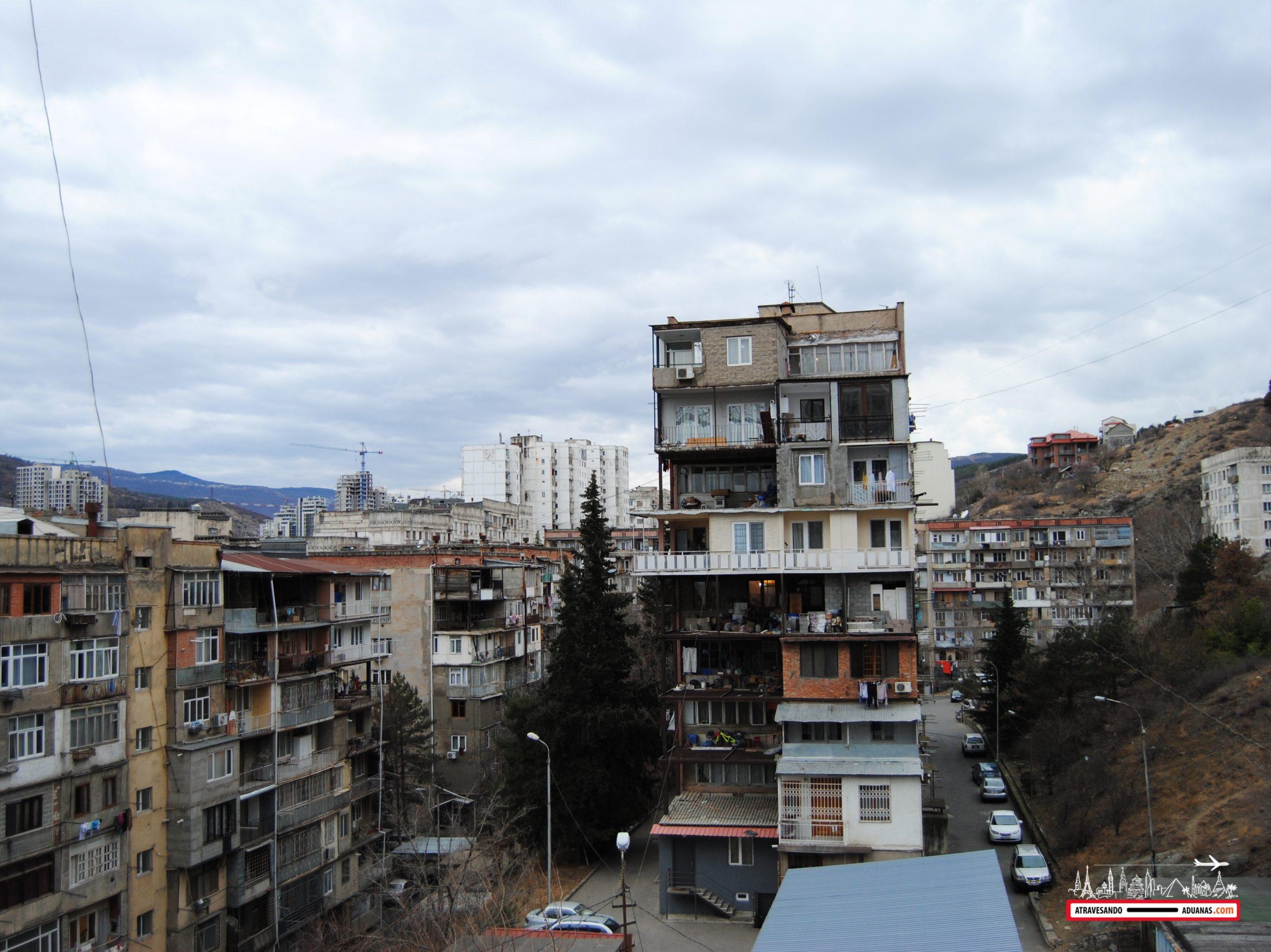 edificios soviéticos en saburtalo, Tbilisi