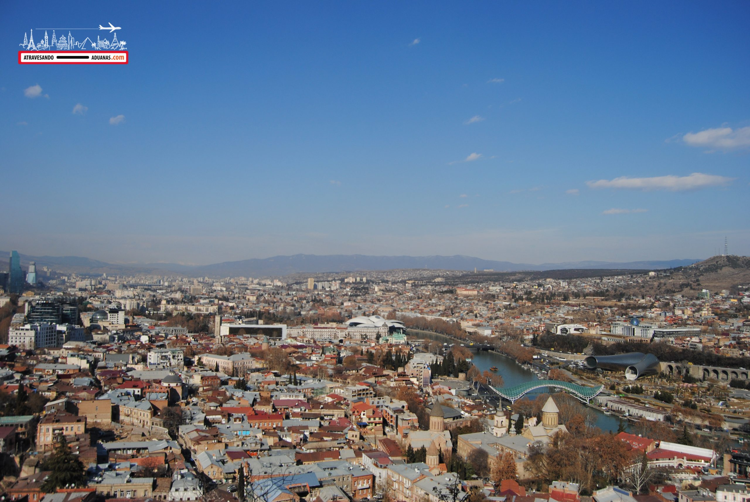 vistas de Tbilisi desde Narikala