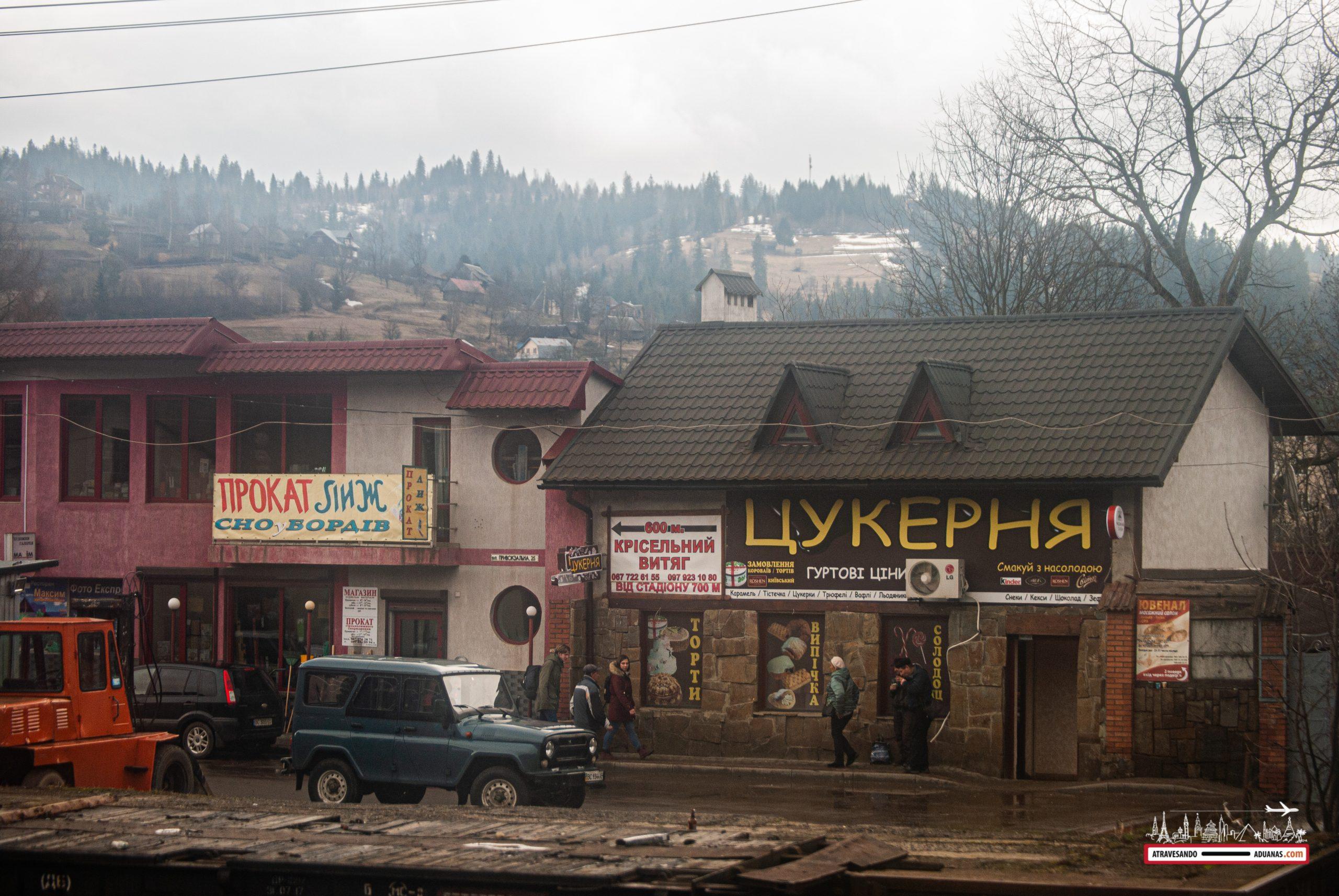 confitería en medio de los cárpatos ucranianos