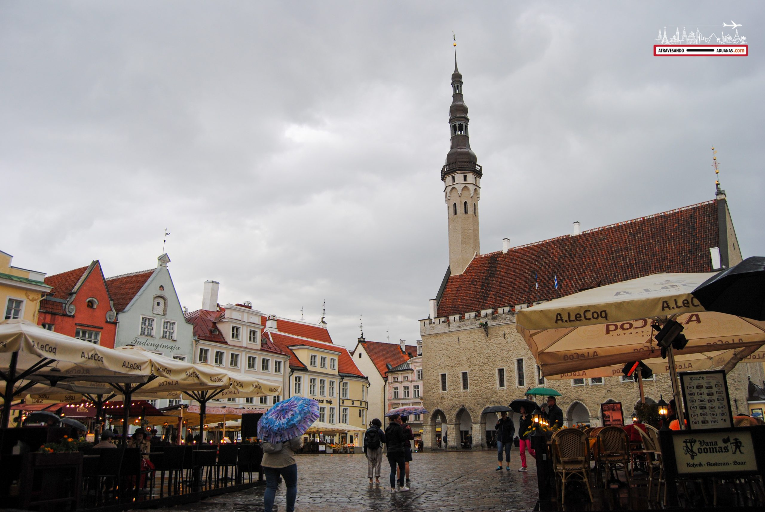 Plaza del ayuntamiento de Tallinn