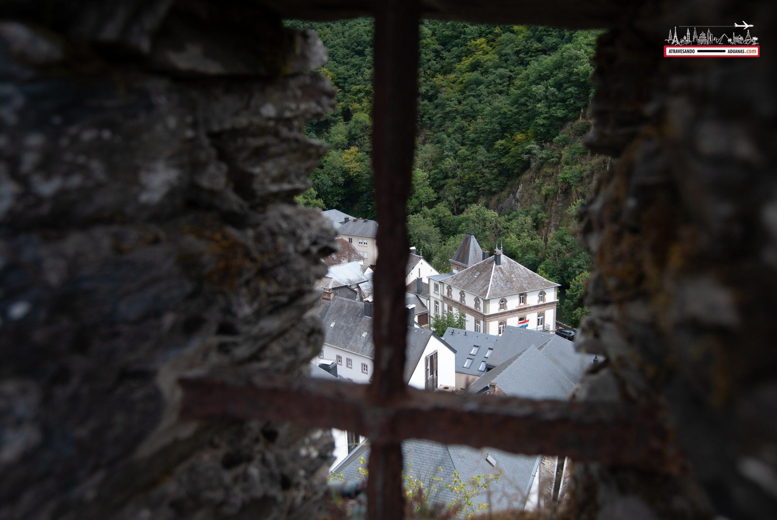 Vistas desde el castillo de Esch-sur-Sûre