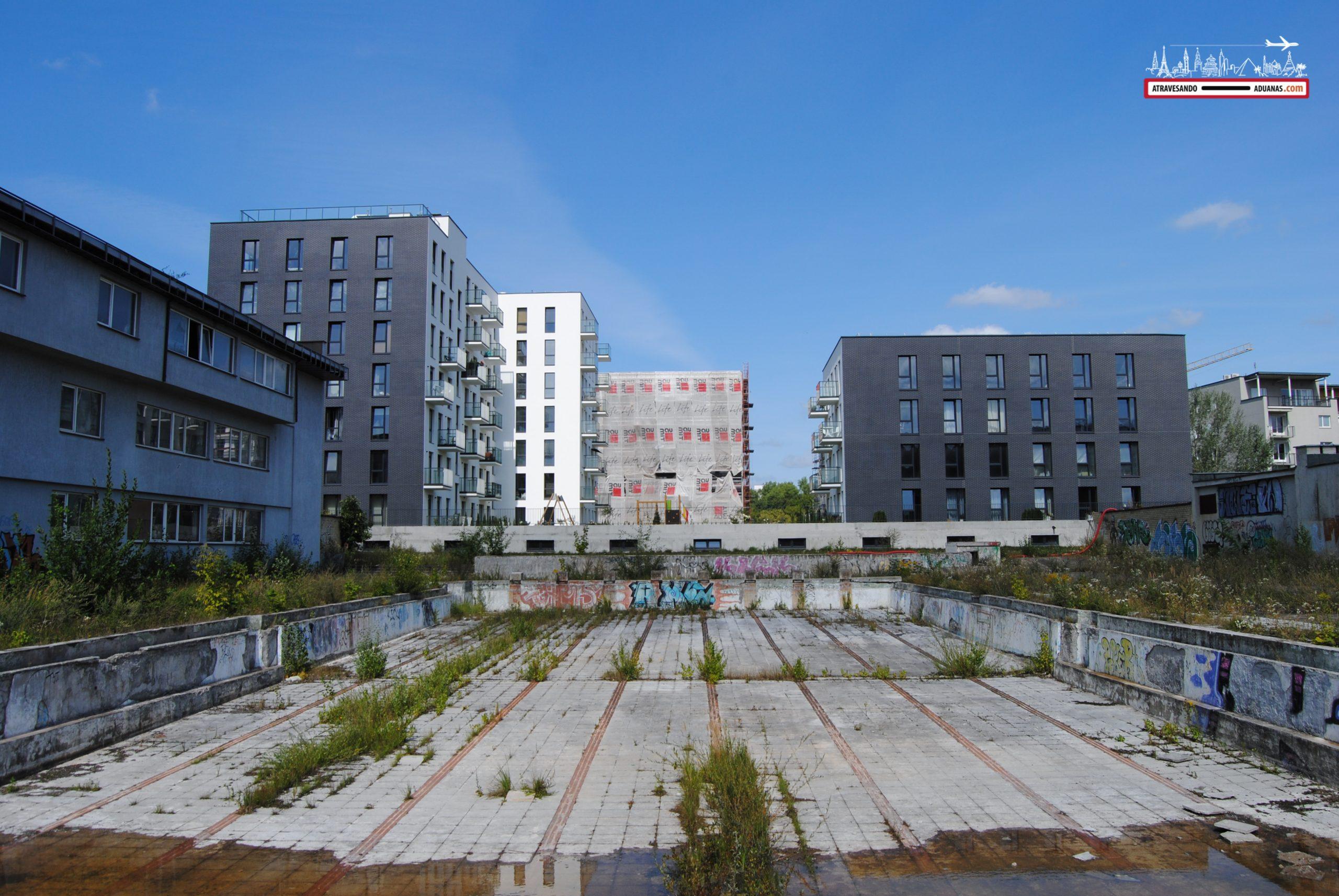 Piscina abandonada en Vilnius