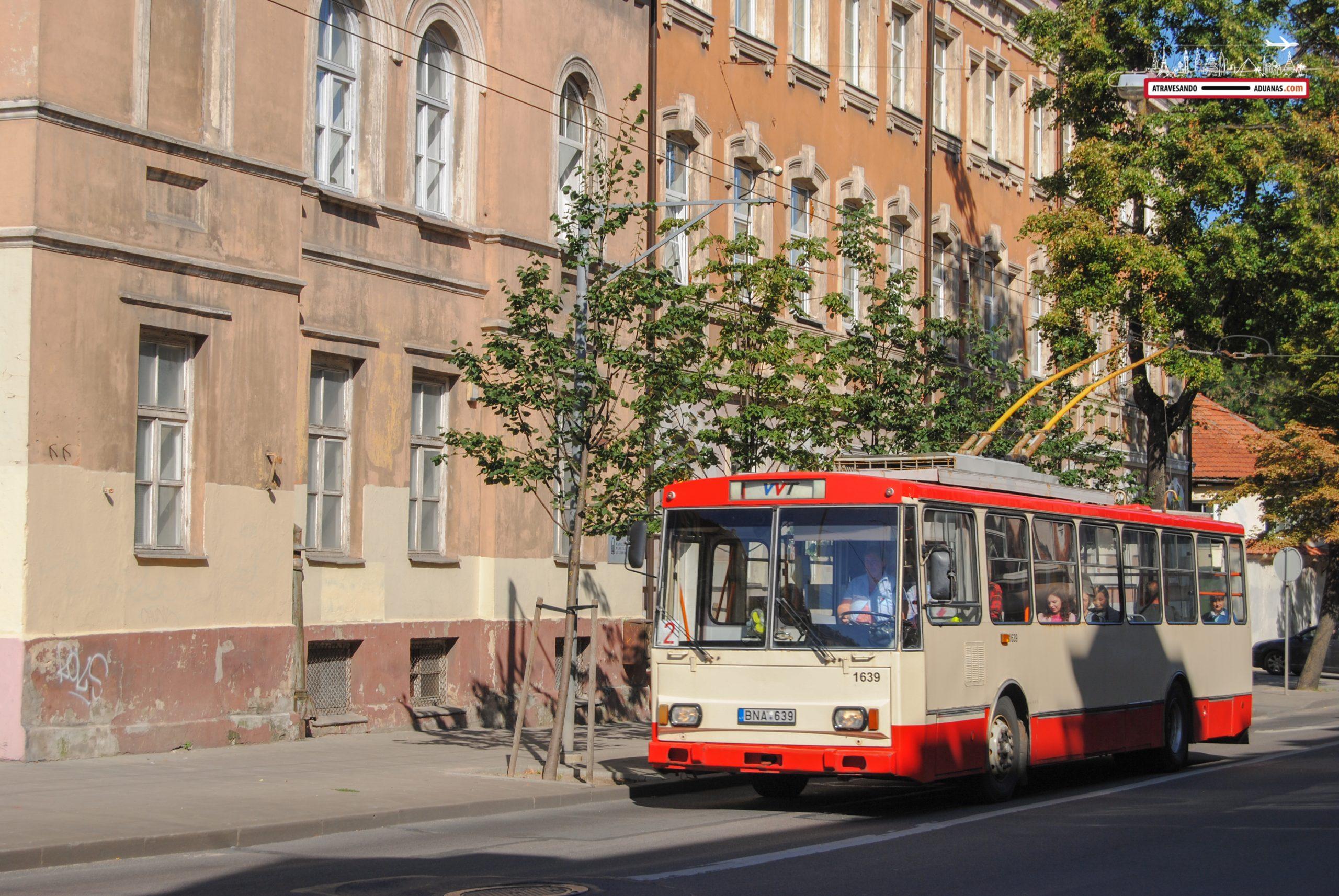 Trolebús en la ciudad de Vilnius
