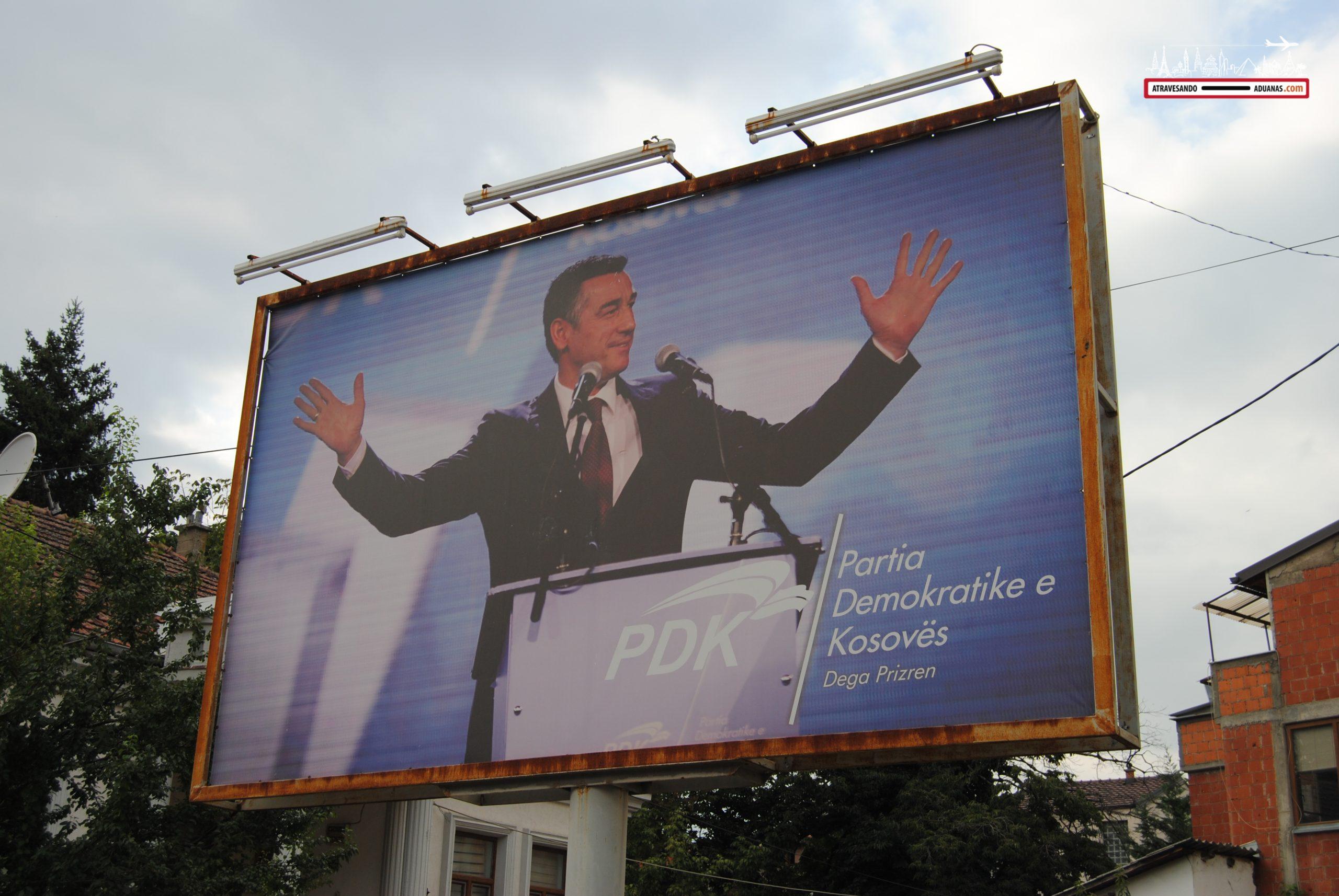 Propaganda política en Kosovo