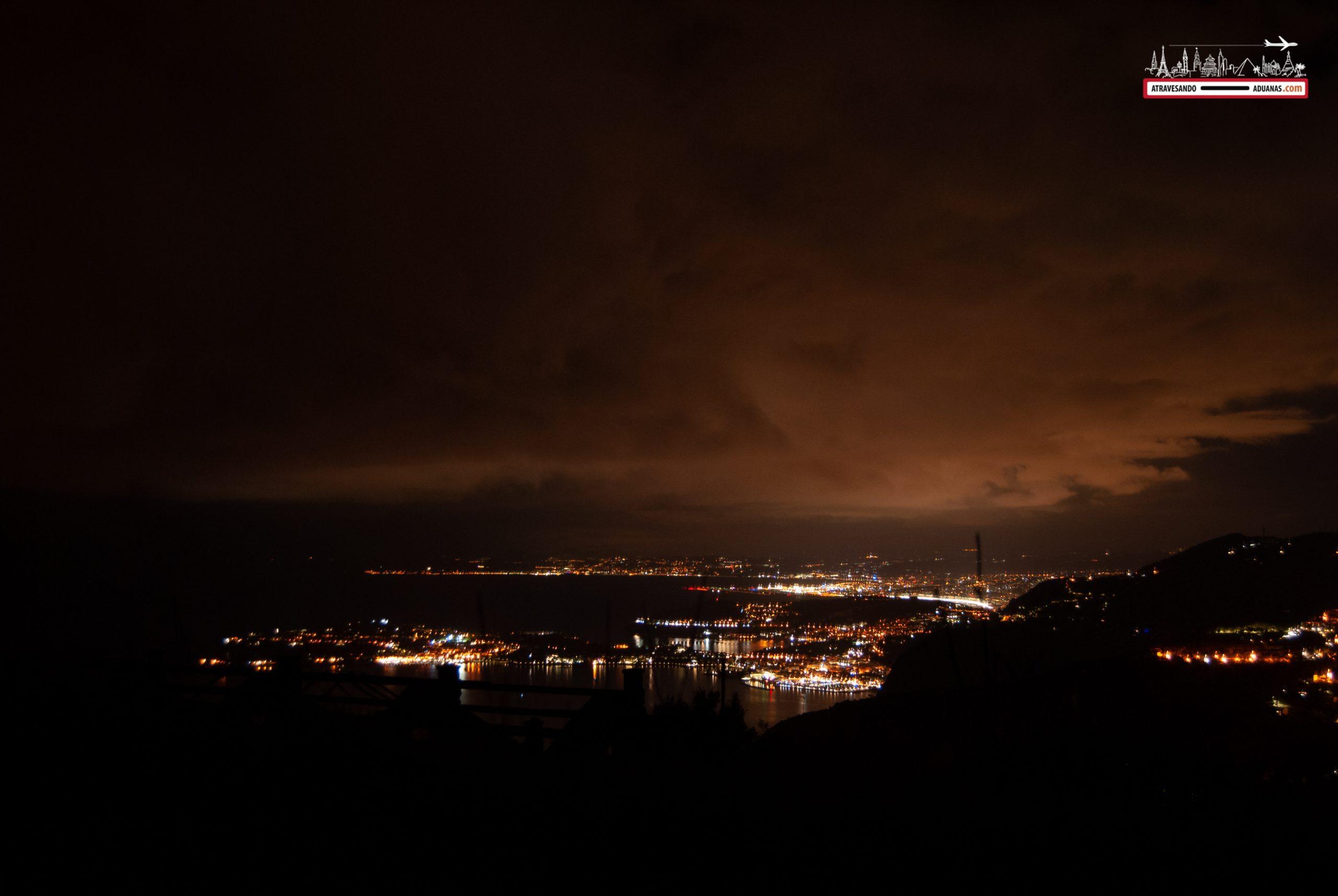 Niza vista por la noche