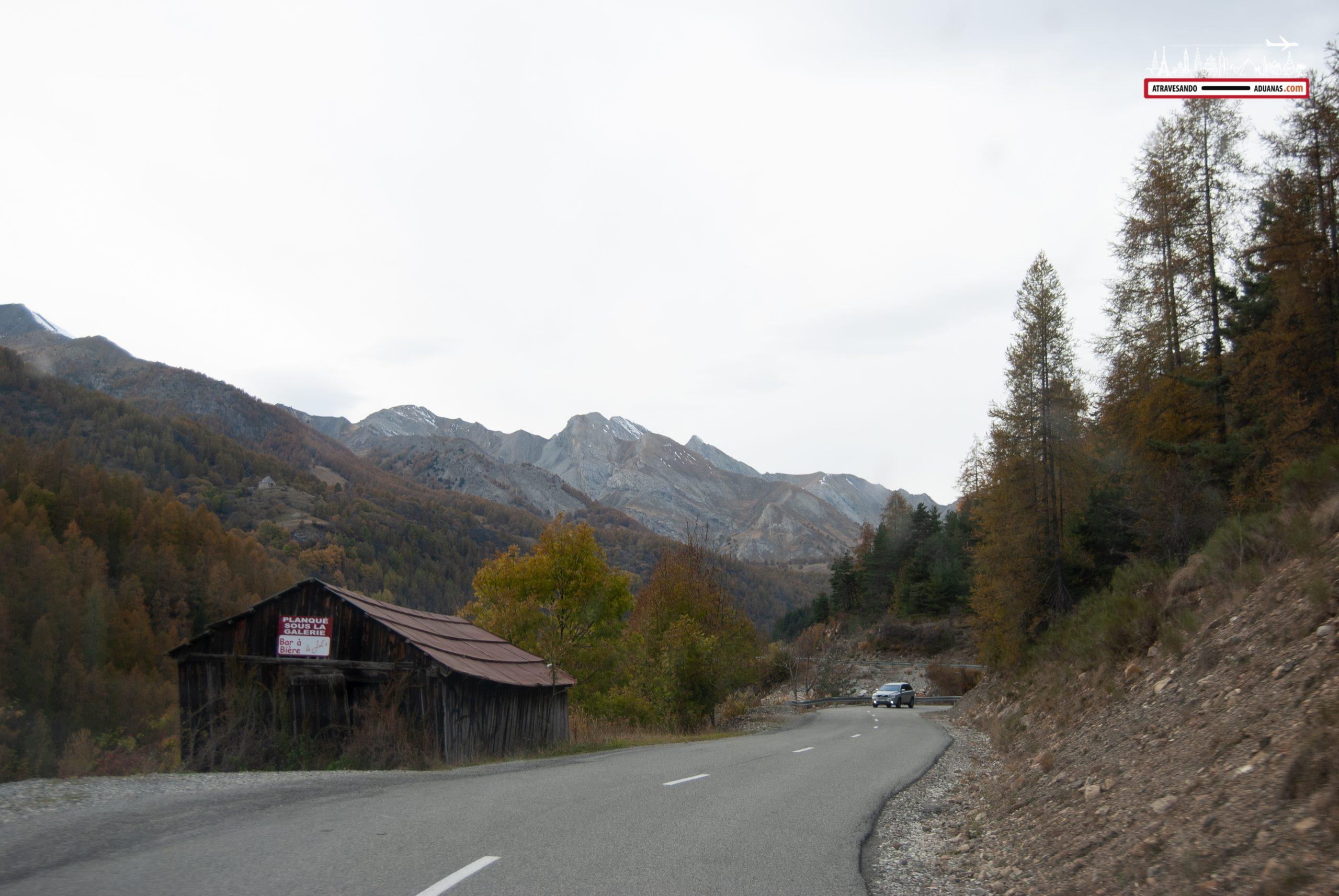 Detrás de esa montaña se estrelló el Germanwings
