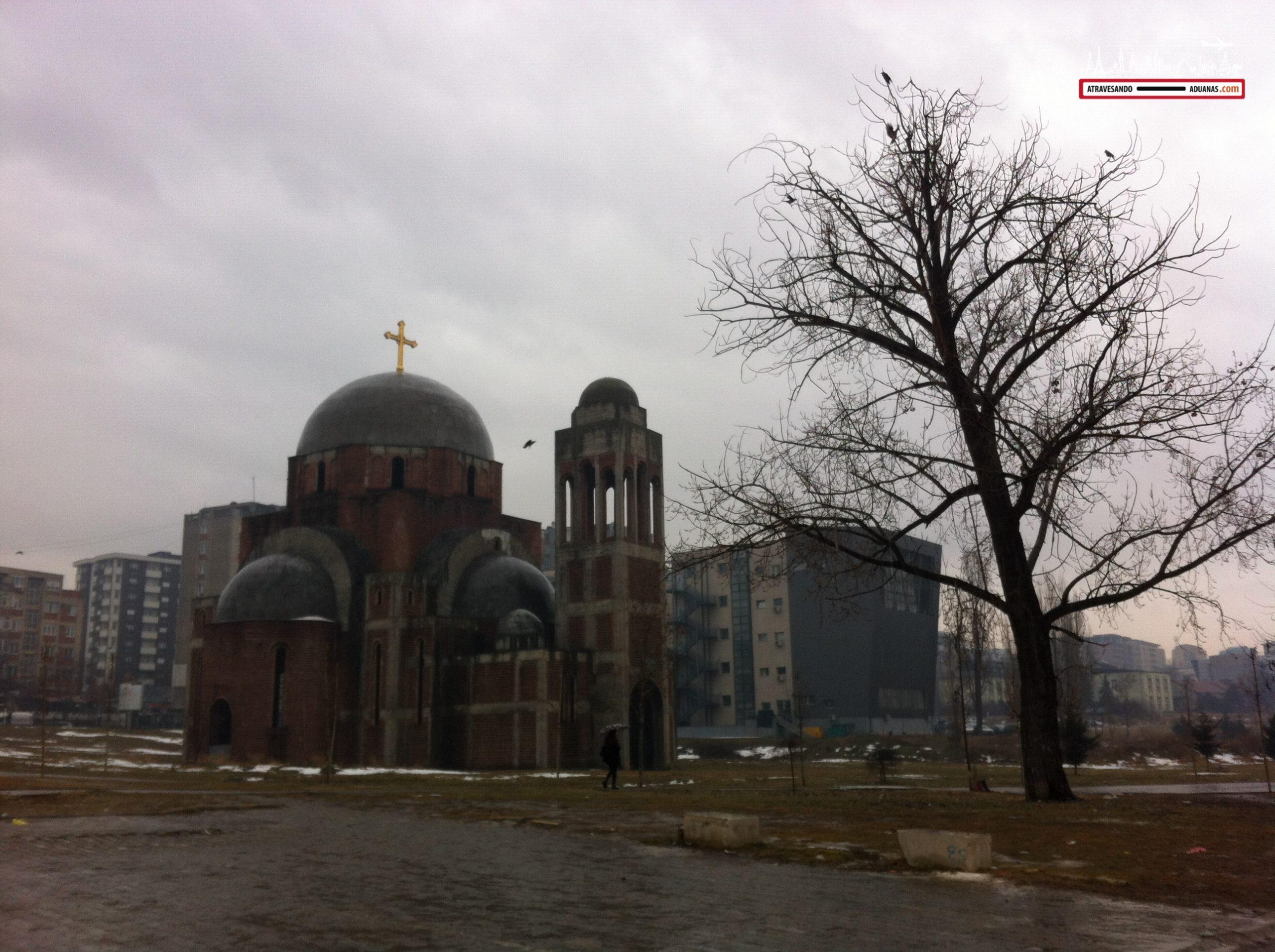 Iglesia en construccion en Prishtina