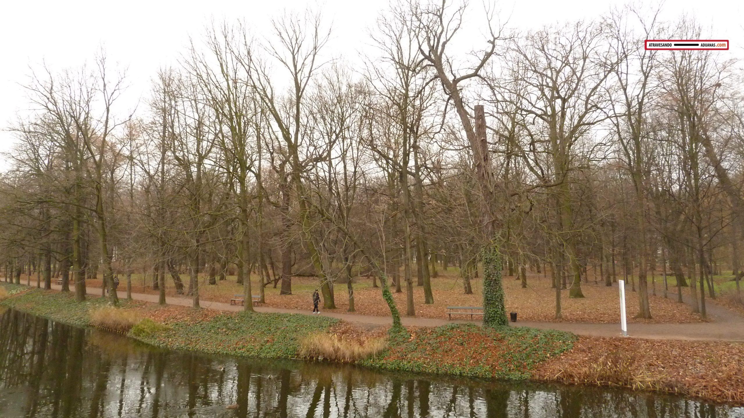 Parque Lotienki