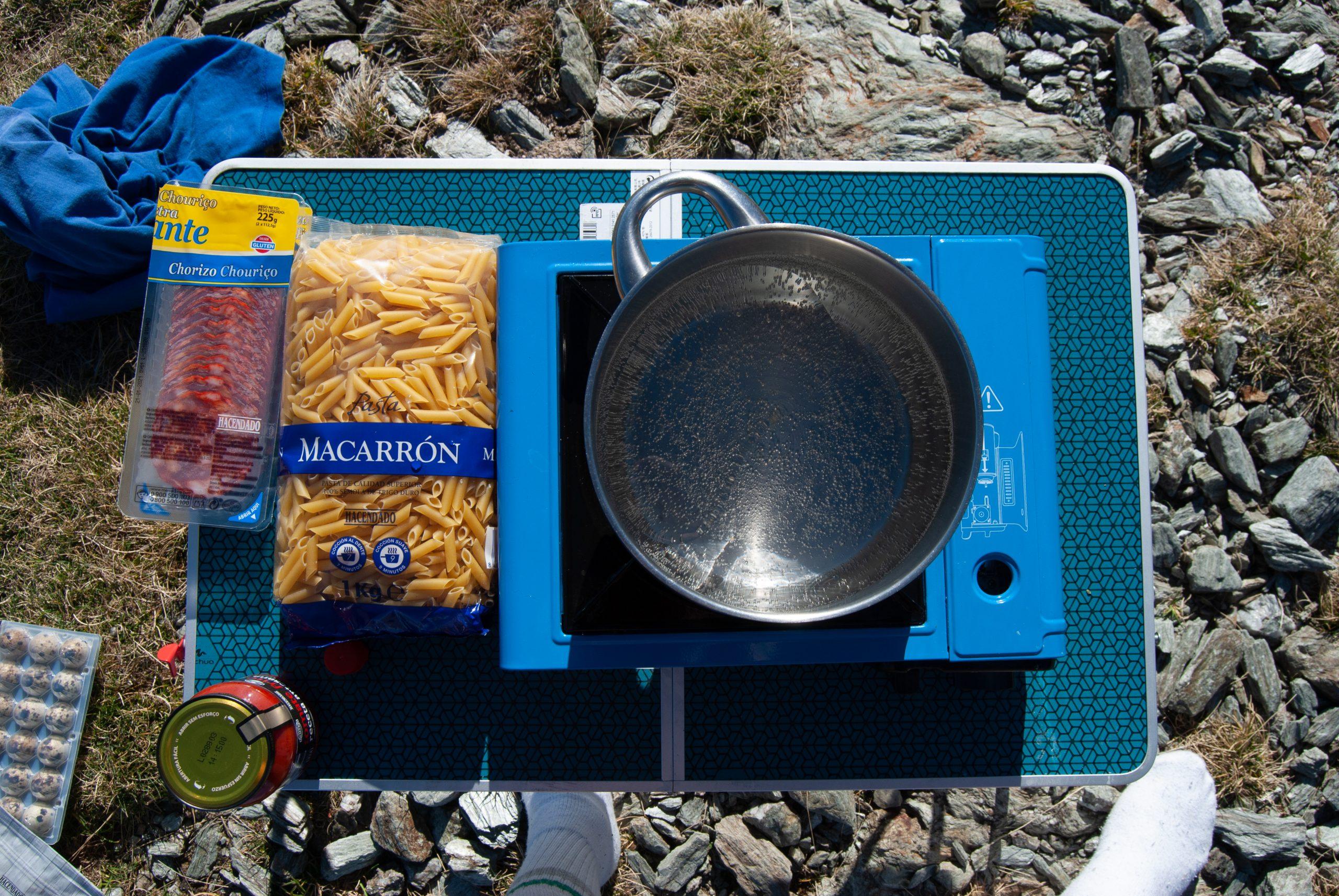 Cocina de gas que usamos para cocinarnos en Fontalba